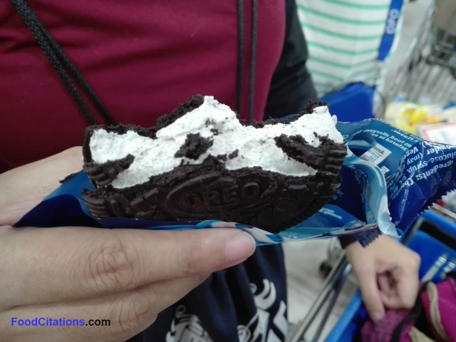 Oreo_Ice_Cream_Sandwich5