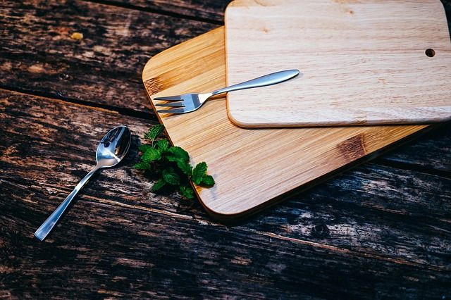 How To Properly Clean Your Chopping Board?